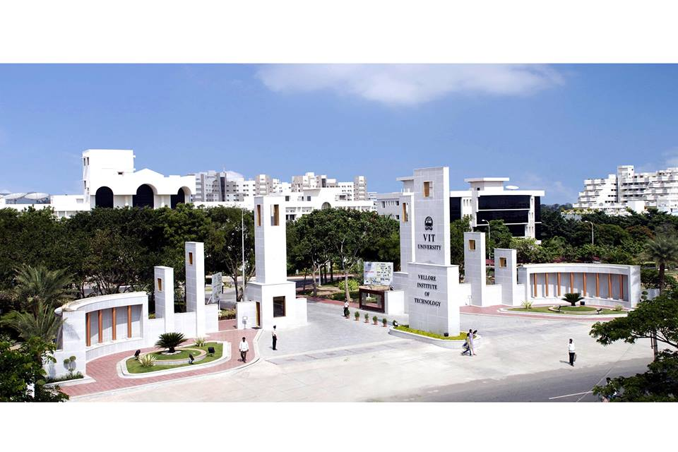 VIT Vellore University - Fees, Cut Off, Admission