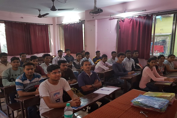 Indian Institute of Hospitality and Management, Thane - Courses