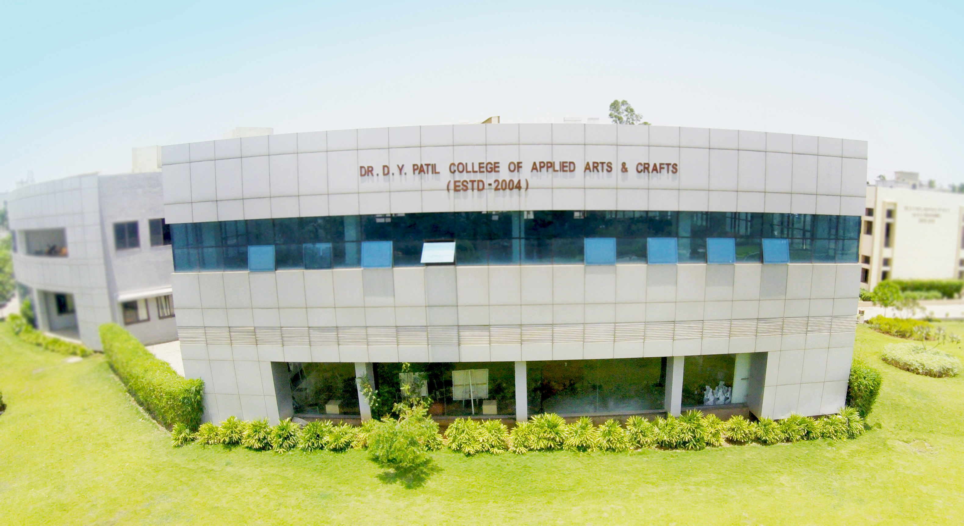 Bfa In Applied Arts At Dr D Y Patil College Of Applied Arts And Crafts Placements Fees Admission Eligibility