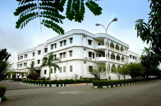 IIIT Hyderabad - Cut Off, Placements, Admission, Fees