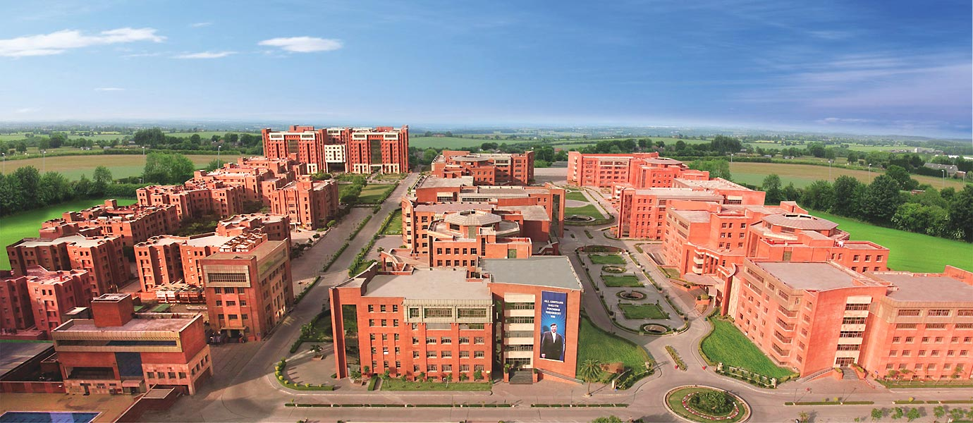 Amity University, Noida - Courses, Fees, Placement Reviews