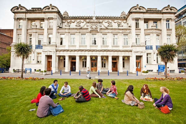 Queen Mary University of London - Ranking Fees Courses Admissions  Scholarships