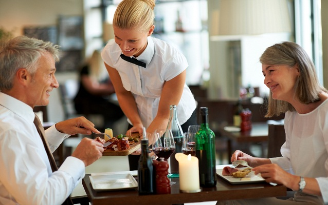 Top 5 Hospitality Management Courses Offered by Five Star Hotels in