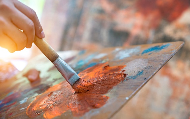What Is The Difference Between Fine Arts And Applied Arts